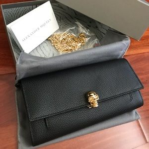 NWT Alexander McQueen Skull Wallet On Chain WOC